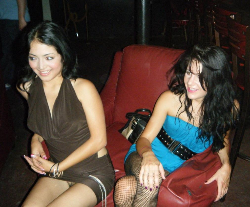 Голые девчонки на дискотеках фото бесплатно фото 542-725