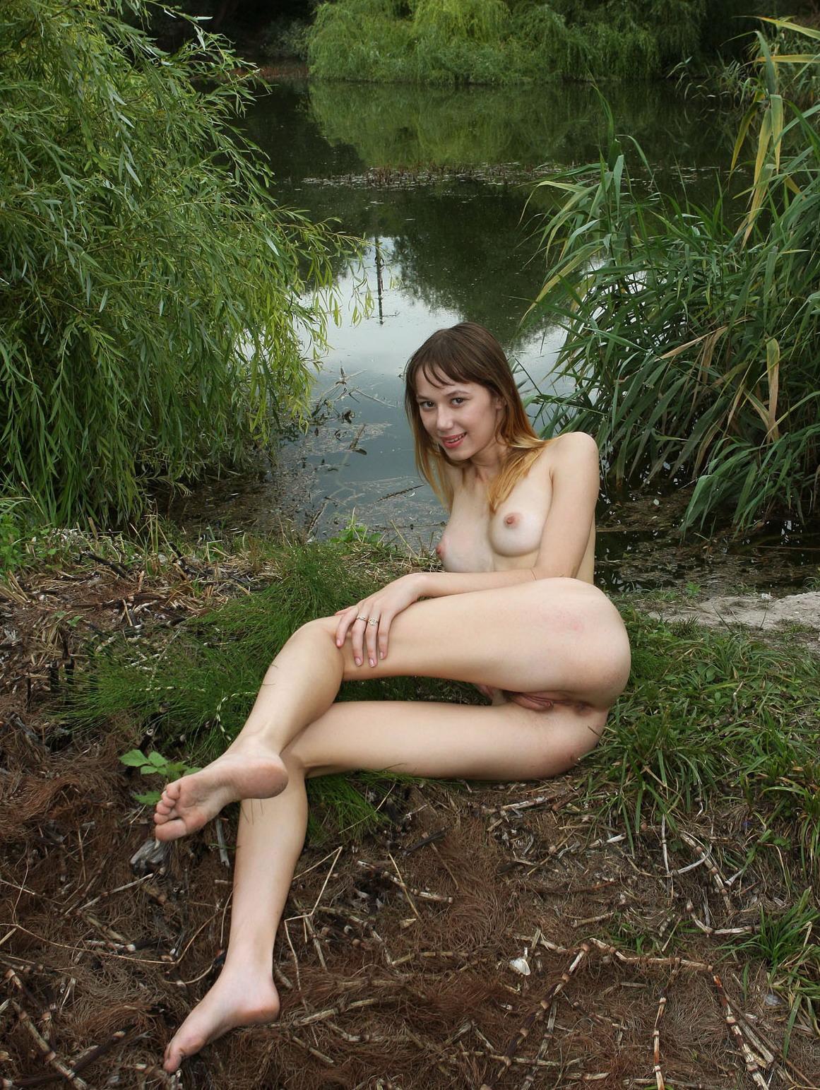 крупная голая женщина фото