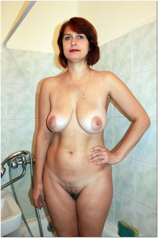 голышом по лесу порно