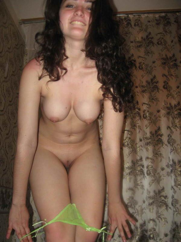 seks-s-armyankami-nakachke-ru-porno-foto-izmeni-molodih-zhen